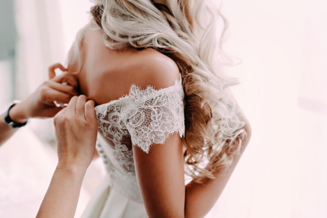 איך תבחרו שמלת ערב לא פחות ממהממת?