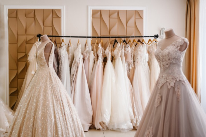 שמלות כלה לאירוע של פעם בחיים