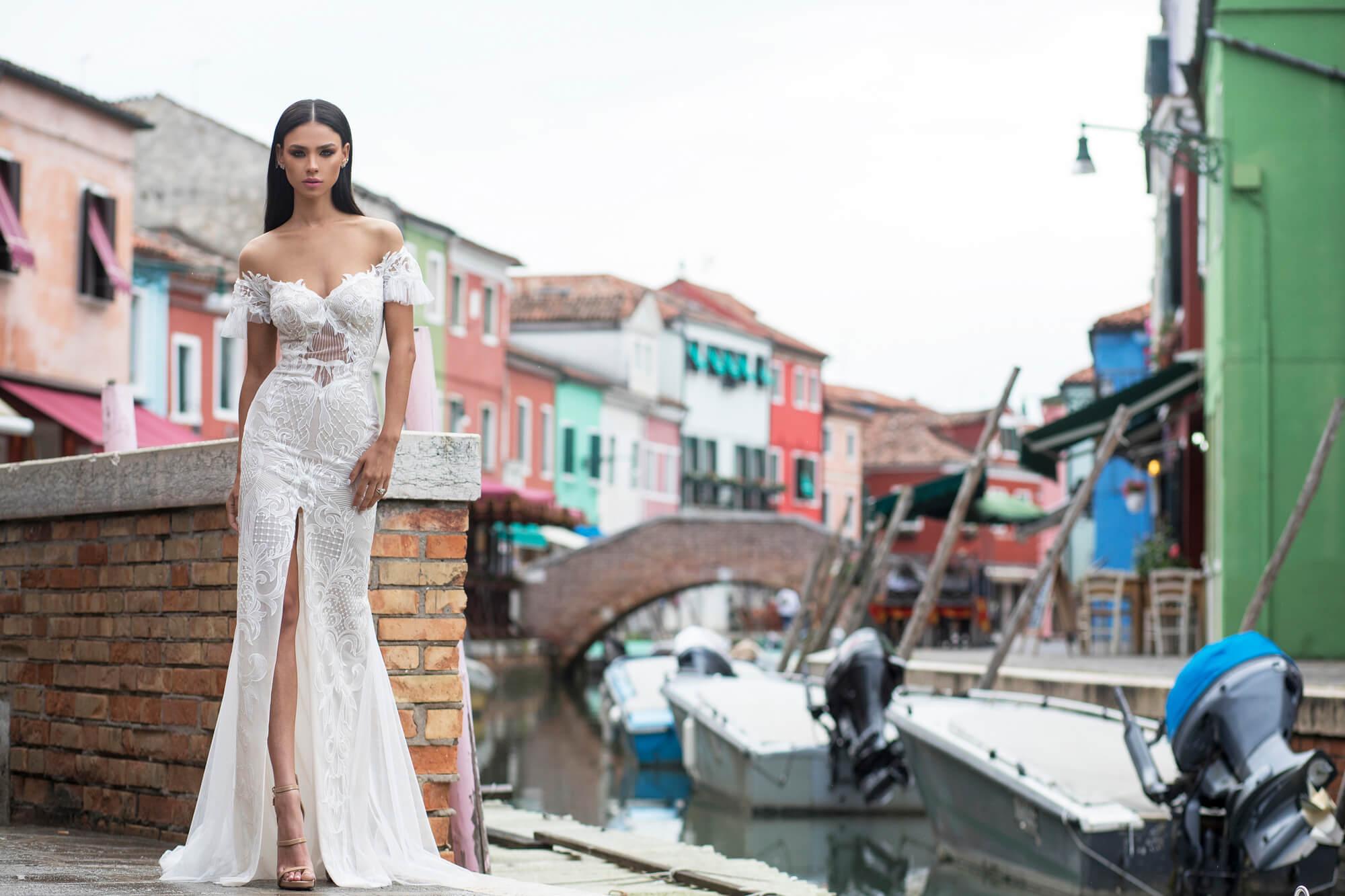 הקיץ הזה תלבשי לבן: יתרונות השמלות הלבנות