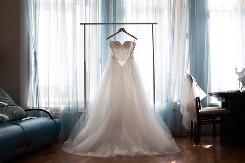 מבין כל השמלות בעולם – זו השמלה שלך!